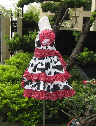 Cowgirl Ruffle Dress Red Bandana Peasant Dress-western girl dress, western dress, cowgirl dress,party dress, girl party dress, country style girl dress,cowboy girl dress,ruffle girl dress, toddler cowgirl dress ,ruffled girl dress,peasant girl dress, black and white girl dress