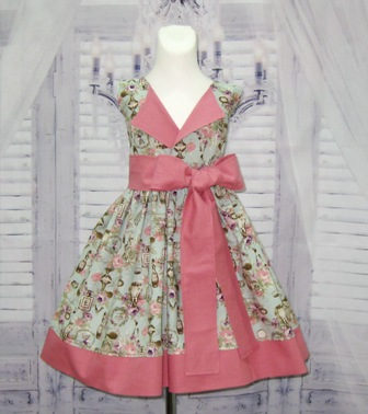 Vintage Style Pink and Blue Lapel Dress
