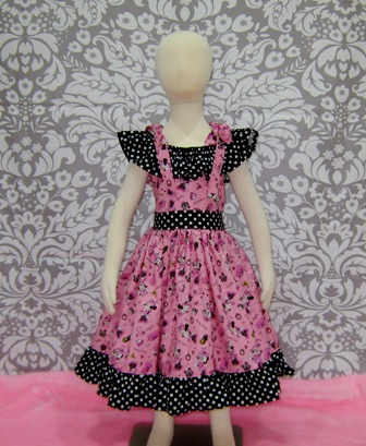 Minnie Mouse Dress Hot Pink and Black Dress-Cinderella dress.twirly skirt,disney dress,OOC,OOAK,ruffle dress,toddler dress,summer dress,flower girl dress,back to school,blue dress,blue outfit,infant dress,kid top,handmade girl dress,made to order dress,custom made kid clothes,red dress,pink,big bow,flutter sleeve,ruffle neck dress