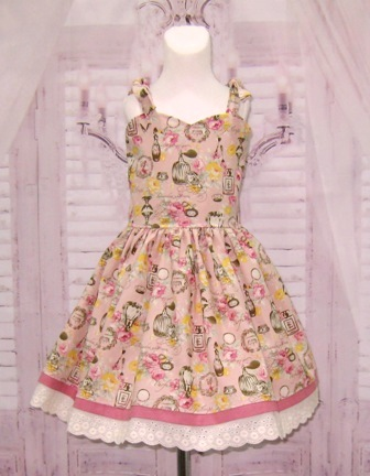 Vintage Style Sweetheart Pink Floral Dress