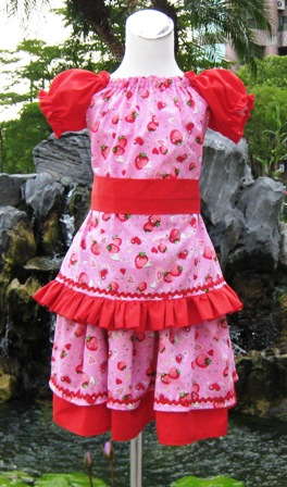 CUSTOM BOUTIQUE PEASANT TOP AND STRAWBERRY FABRIC SKIRT