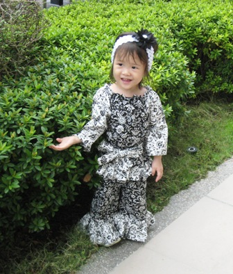 Custom Boutique Black and White Peasant Top and Pant Set