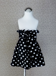 Black Polka Dots Skirt-handmade,dress,peasant tops,ruffles pant,pageant dress,supplies,commercial,sewing,fabric,pattern,children custom,dress,pants,applique,vintage,tutorial knitting,neddles,owls,apanese,kawaii,fabric,cotton fabric,cotton,ribbon,bows,hair clips,hair accessories,toddles,baby shower,girl,summer,tunic,wallet,purse,buttons,thread,international shipping,free shipping,flat rate